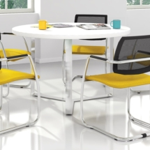 conference-meeting-tables-PLANA-visitor-conference-chairs-GAMA-1920x1080
